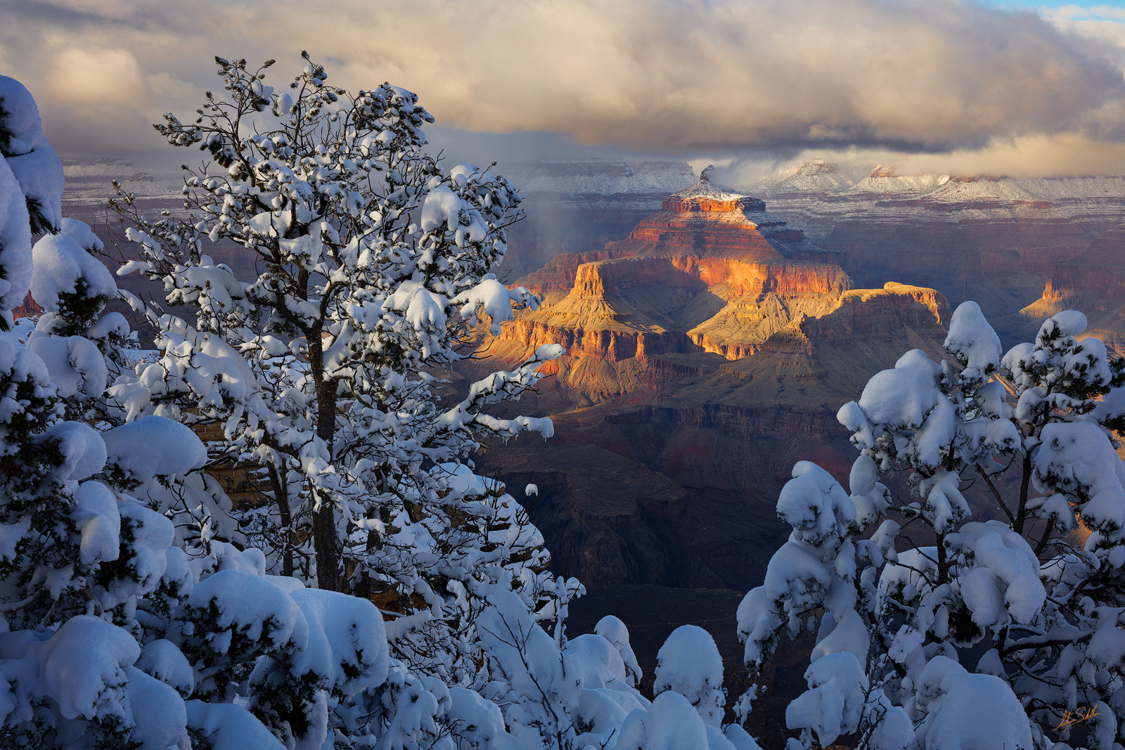 AZ, Arizona, Grand Canyon, Grand Canyon National Park, Isis Temple, Snow, Snow at the Grand Canyon, South Rim, South Rim of the Grand Canyon, Winter, Winter at the Grand Canyon, mather point, photo
